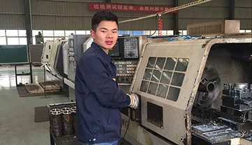 Si Haitao —— A Responsible and Vigorous CNC Lathe Operator in Sinorock®