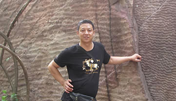Earnest and Responsible Staff ---- Yang Yongwu